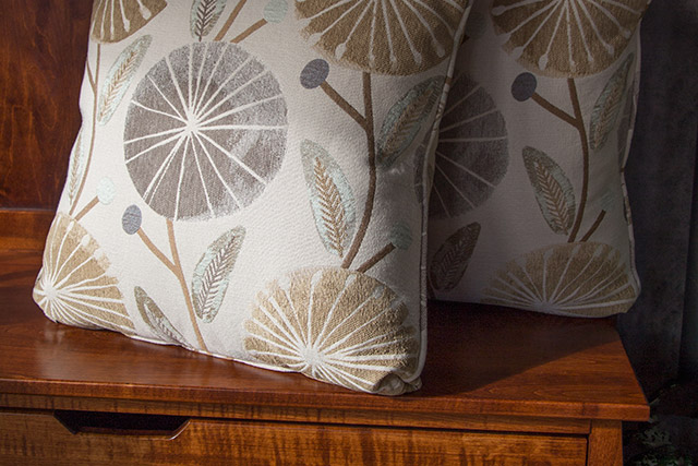 Decorative pillows Wilk Furniture & Design in Random Lake